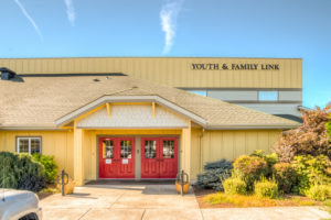 Youth & Family Link Seeks Community Health Worker Team Coordinator